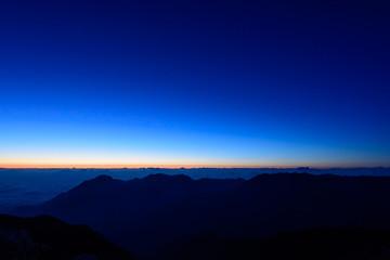 北アルプス・野口五郎岳 夜明け前 マジックアワー