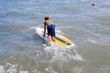 paddle et baignade en eaux troubles