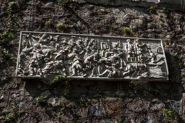 Băile Herculane stone sign