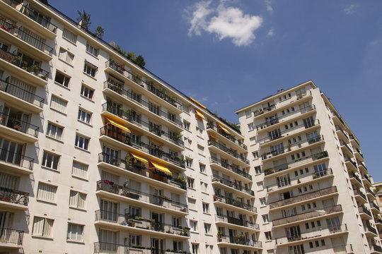 Barre d'immeuble à Paris