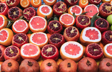 Fruits for fresh juice on market in Istanbul, Turkey