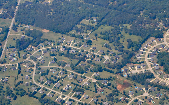 Aerial view of affordable tract housing in Georgia, near the Atlanta airport.