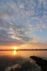 malerische Buhne bei Sonnenuntergang