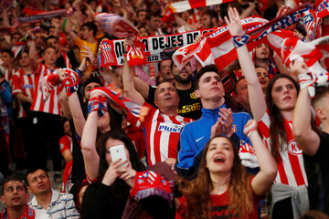 Europa League Final - Atletico Madrid fans watch the final - Olympique de Marseille vs Atletico Madrid