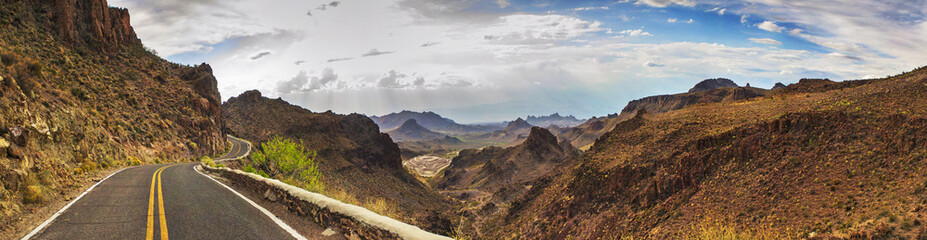 ROUTE 66 - CALIFORNIA / ARIZONA - PANORAMA - AERIAL VIEW