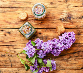 Fototapete - Organic essential aroma oil with lilac