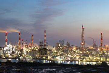 水島コンビナートの夜景-日本を代表する重化学コンビナート-