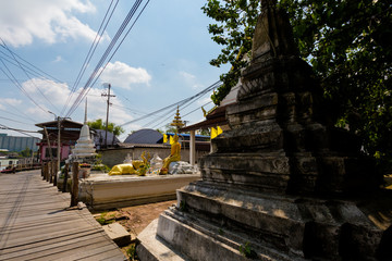 Temple on Koh Kret island