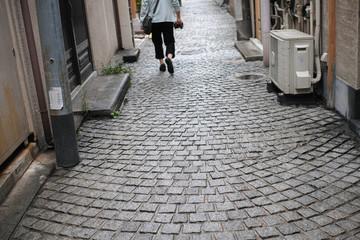 雨の後の石畳