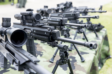 different types of machine guns