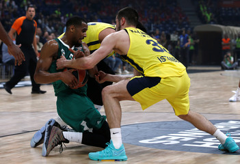 EuroLeague Final Four Semi Final B - Fenerbahce Dogus Istanbul vs Zalgiris Kaunas