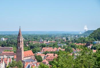 Landshut mit Isar 2 im Hintergrund