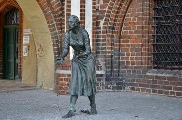 Aluminium Prints Historic monument Denkmal der Grete Minde in Tangermünde