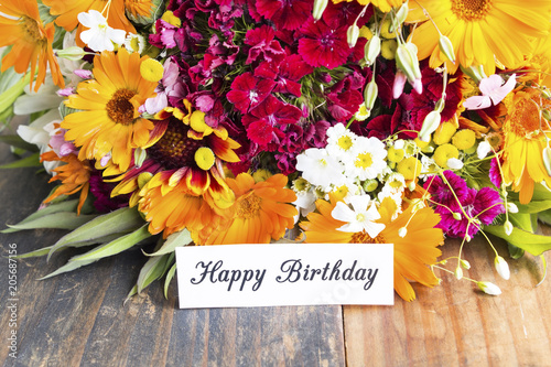 Happy Birthday Card With Spring Flowers Stockfotos Und Lizenzfreie