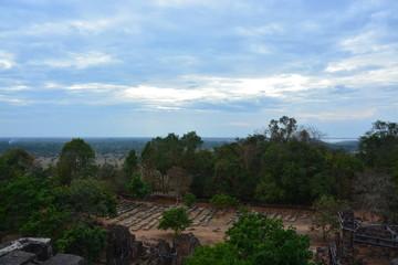 カンボジアのプノン・バケン寺院