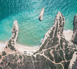 Fototapete - Aerial view of beautiful tropical sandy beach and ocean.