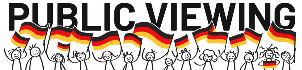 PUBLIC VIEWING, Deutschland Fans, Menschenmenge, Banner mit Strichfiguren und Deutschlandfahnen
