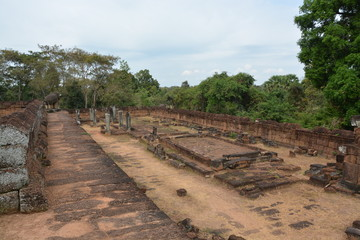 カンボジアのアンコール遺跡群~東メボン