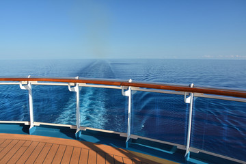 Cruise ship wake