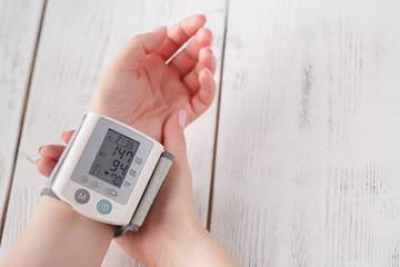Female measure blood pressure