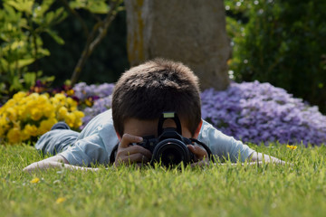 Enfant photographe amateur