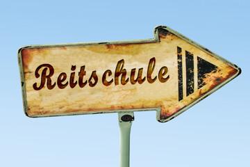 Schild 328 - Reitschule