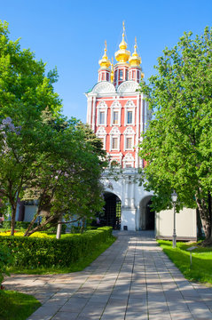 Transfiguration of Jesus gate church located over the main entrance of the Novodevichy Convent, also known as Bogoroditse-Smolensky Monastery in Moscow , Russia.