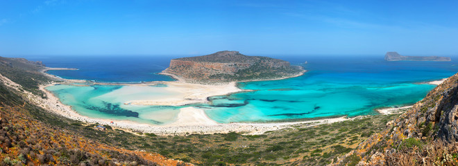Wall Mural - Panorama of Balos beach and Gramvousa island near Kissamos in Crete, Greece