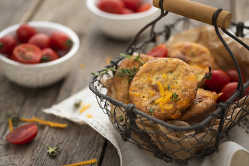Keto muffins with cheddar cheese