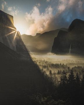 Yosemite Valley Sunrise - Tunnel View