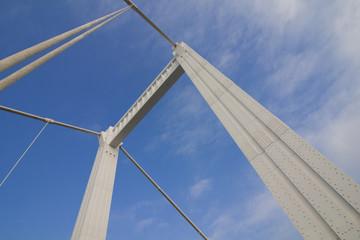 Elisabethbrücke (Erzsébet híd) über die Donau in Budapest