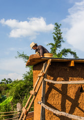 Mud house roof making