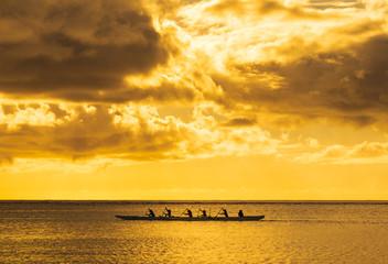 グアム タモン湾のサンセット ワイド