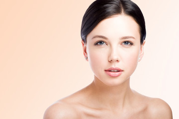 Сloseup beauty portrait. The face of a beautiful young woman. Lips. Perfect skin