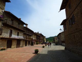 Hostalets de Bas, pueblo de La Garrotxa del municipio de Vall de Bas en la provincia de Girona (Cataluña,España)