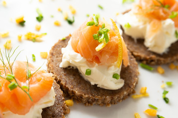 Foto op Plexiglas Voorgerecht Norwegian Smoked Salmon Canapés with Cream Cheese