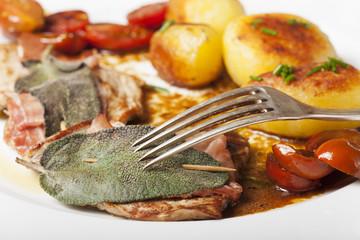 Saltimbocca Ala Romana Kalbsschnitzel mit Salbei