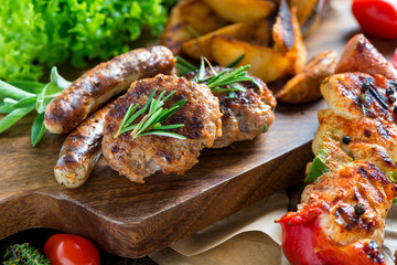 Barbecue - Grillen - Fleisch - Catering - Buffet
