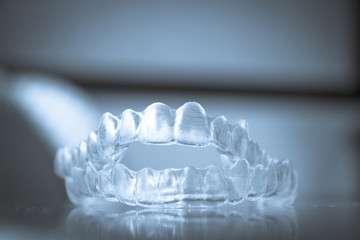 Transparent dental correction orthodontics