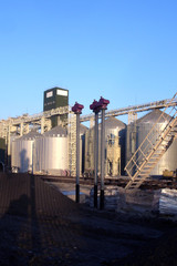 storage tanks for grain in industrial sizes