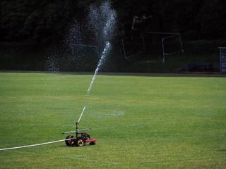 professionell Rasen bewässern mit Profi Sprenger
