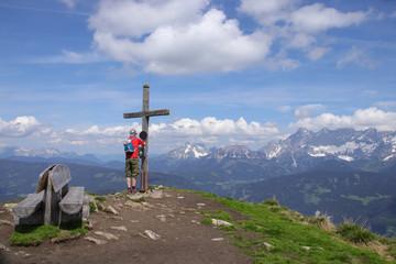 Steiermark, Gipfelkreuz, Reiteralm, Wanderer