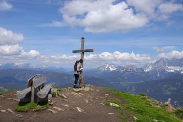Steiermark, Gipfelkreuz, Reiteralm, Wanderer, Frau