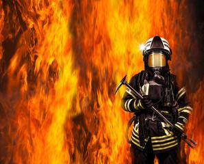 Feuerwehrmann im Feuer