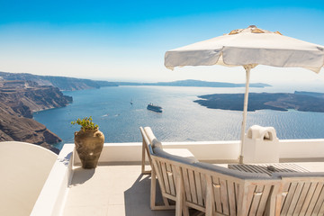 view of Santorini caldera in Greece from the coast Fototapete