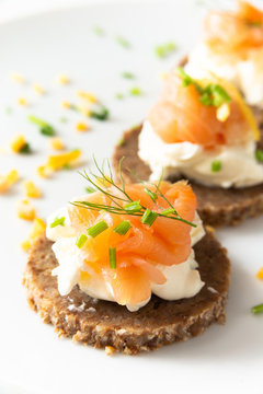 Norwegian Smoked Salmon Canapés with Cream Cheese