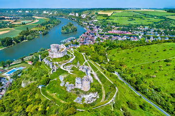 Chateau Gaillard, a ruined medieval castle in Les Andelys town - Normandy, France Fototapete