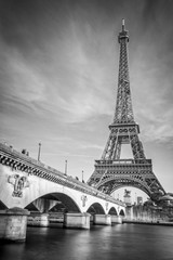 Zelfklevend Fotobehang Centraal Europa Iena bridge and Eiffel tower, black and white photogrpahy, Paris France