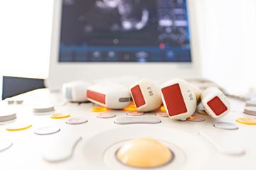 Medical equipment, ultrasonic scanner
