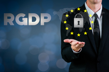 RGDP cyber security 2018 with a man showing a lock and european stars flag on a blue background
